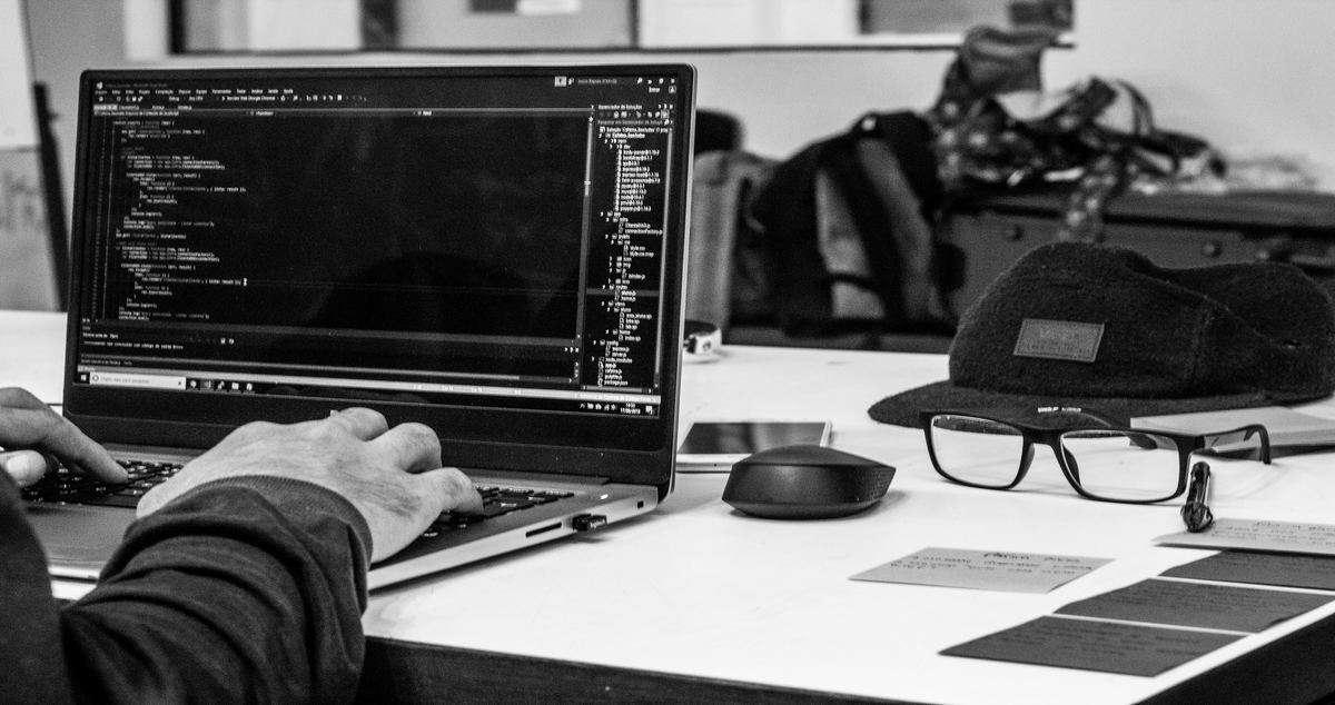 Hackathon stringhe codici