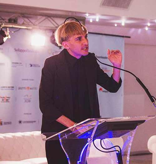 Neil-Harbisson-scai-comunicazione-event-speakers