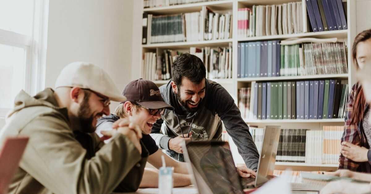 open innovation e hackathon